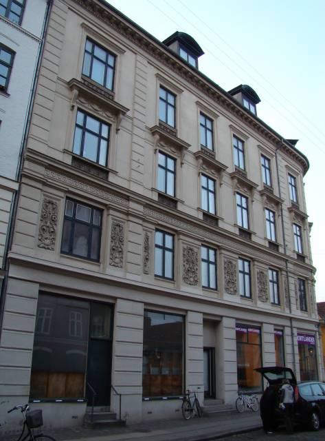 Adelgade 117-Fredericiagade 57 (g) - facaden mod Adelgade.JPG-for-web-large