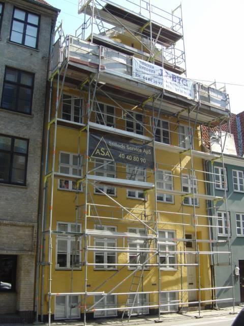 Åbenrå 6 - ejendommen fik nyt tag i 2006 - 5