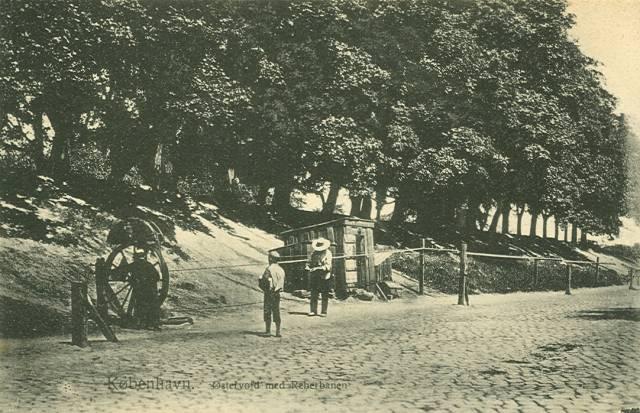 oester-voldgade-postkort-nr-639-med-reberbanen-ca-1912