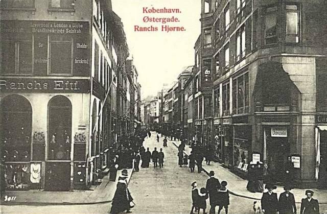 oestergade-postkort-nr-102-set-fra-amagertorv-ca-1910
