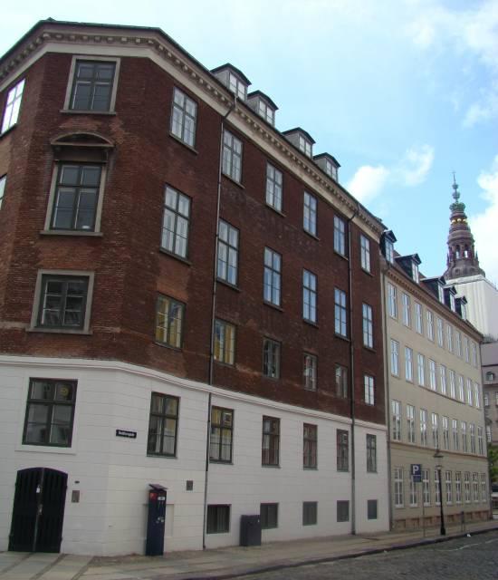 Admiralgade 28 - Holmens Kanal 42 - Ved Stranden 2-8 - Boldhusgade 1 - her Admiralgade 28 - Boldhusgade 1 - 1