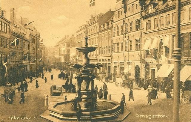 Amagertorv - Postkort nr.2072 udgivet af Stenders Forlag - afsendt i 1906