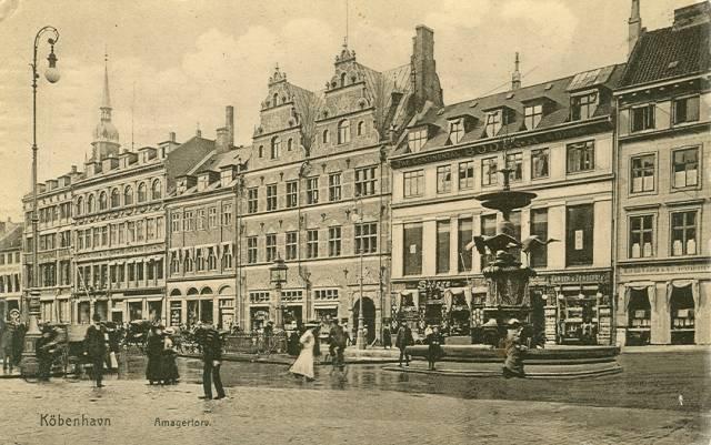 Amagertorv ved Storkespringvandet - Postkort udgivet af K.N. - afsendt i 1910