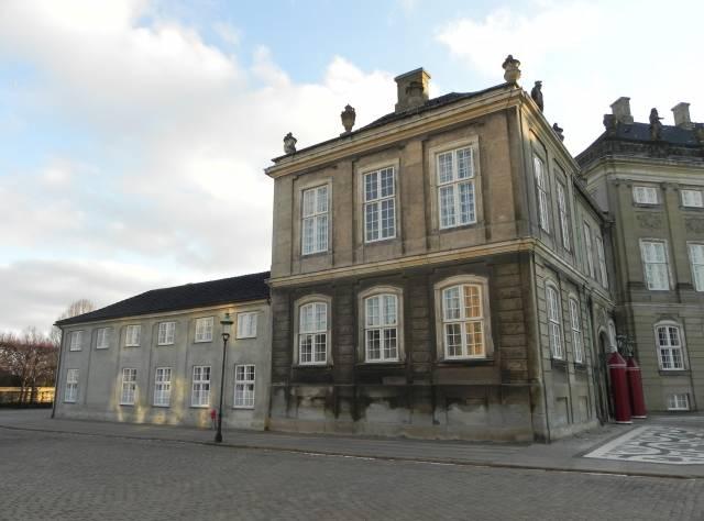 Amaliegade 18c-d - Amalienborg Slotsplads 2-2a-c-4 - Toldbodgade 45-45a-d - 5