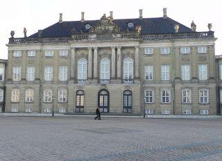 Amaliegade 18c-d - Amalienborg Slotsplads 2-2a-c-4 - Toldbodgade 45-45a-d - tv