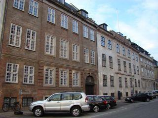 Amaliegade 23-25-25a - lille - tv