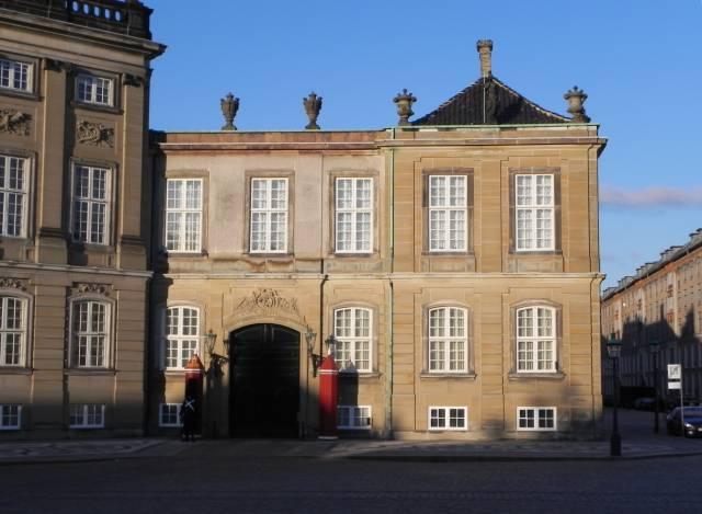 Amalienborg Slotsplads 5-7-7a-k - 2