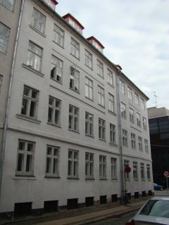 Bremerholm 28 - Dybensgade 14 - lille - tv