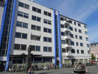 Christianshavns Torv 2-4 - Overgaden Oven Vandet 36-38 - lille - tv