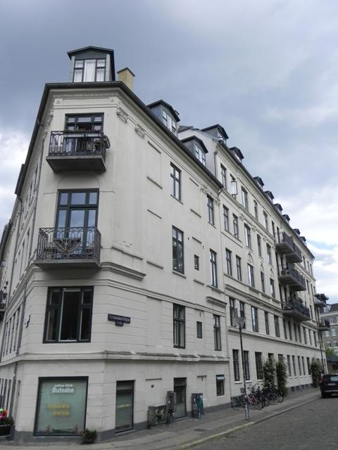 christianshavns-voldgade-1-3-overgaden-oven-vandet-2-2a-3
