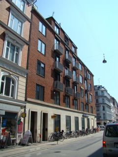 Dronningens Tværgade 16 - Store Kongensgade 49 - lille - tv