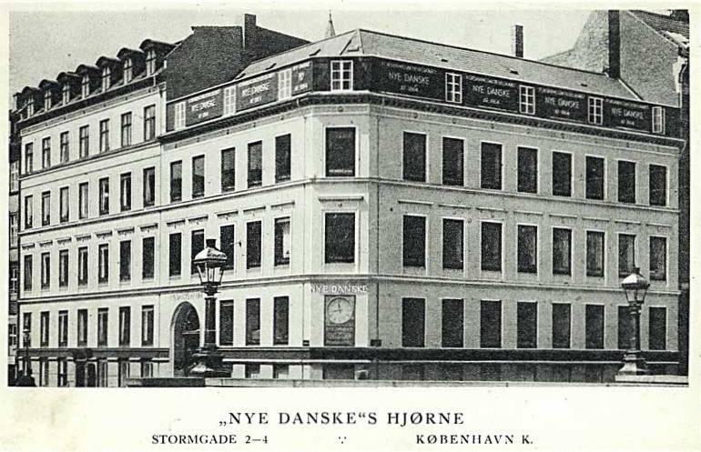 forsikringsselskabet-nye-danskes-hjoerne-paa-stormgade-i-koebenhavn-uden-aar