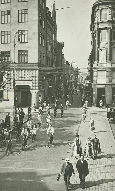 frederiksberggade-set-fra-nygade-postkort-nr-103-afsendt-i-1946