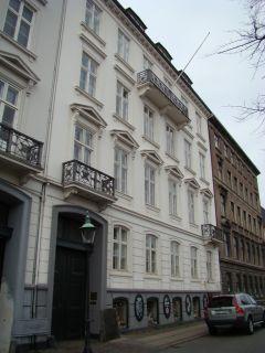 Frederiksholms Kanal 16-16a-b - lille - tv