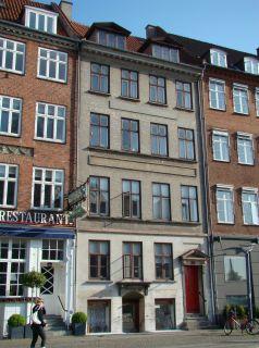Gammel Strand 36-36a - lille - tv