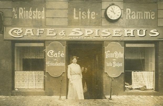 Gammel Strand 46 - 4 - poskort med spisehus og café