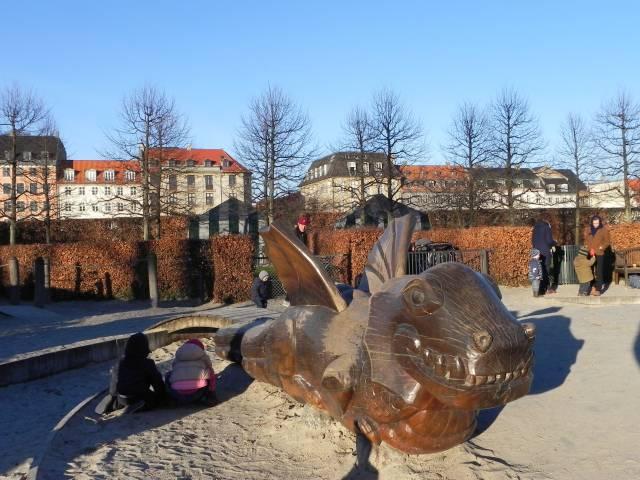 Georg Brandes Plads 3 - Gothersgade 60-76-78 - Kronprinsessegade 1-25 - Sølvgade 31 - 140