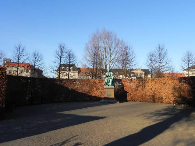 Georg Brandes Plads 3 - Gothersgade 60-76-78 - Kronprinsessegade 1-25 - Sølvgade 31 - 143