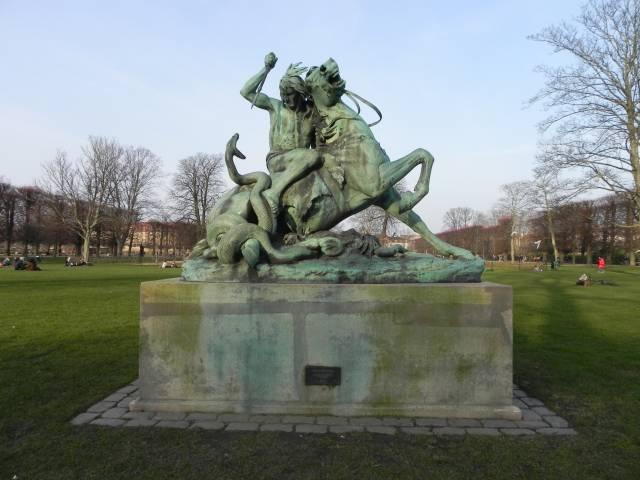 Georg Brandes Plads 3 - Gothersgade 60-76-78 - Kronprinsessegade 1-25 - Sølvgade 31 - 170