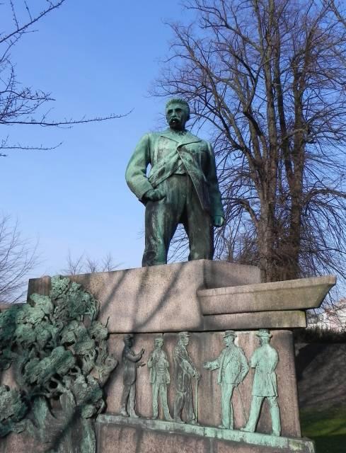 Georg Brandes Plads 3 - Gothersgade 60-76-78 - Kronprinsessegade 1-25 - Sølvgade 31 - 41