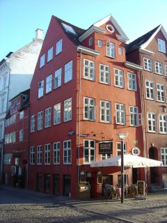 Gråbrødre Torv 1 - Niels Hemmingsens Gade 15 - lille - tv