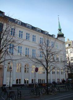 Højbro Plads 4 - Læderstræde 1 - lille - tv