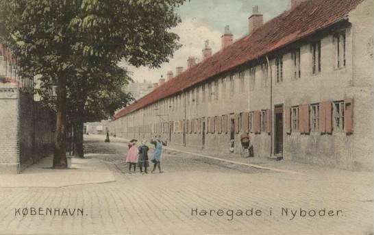 haregade-set-fra-borgergade-postkort-fra-1907
