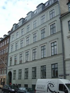 Hauser Plads 10 - lille - th