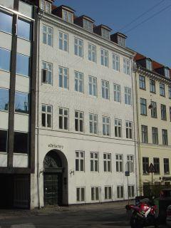 Hauser Plads 18 - lille - tv