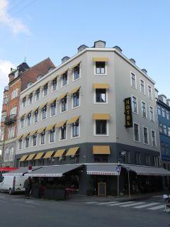 Jarmers Plads 3 - Sankt Peders Stræde 38 - lille - tv