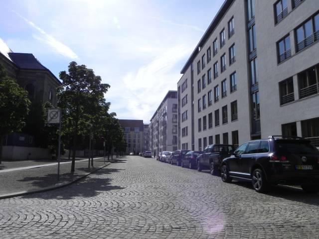 johan-semps-gade-set-fra-nicolai-eigtveds-gade-foto-fra-august-2011