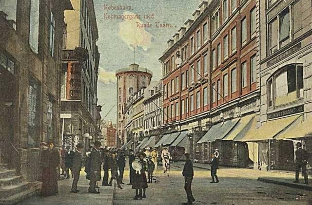 koebmagergade-koebmagergade-ses-fra-posthuset-postkort-fra-1906