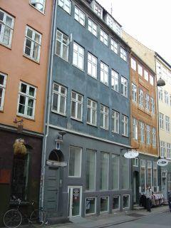 Klosterstræde 10-10a - lille - tv