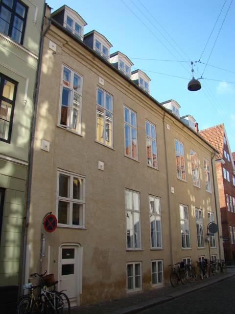 Knabrostræde 27 - Nybrogade 12 - 9