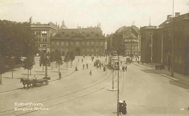 kongens-nytorv-postkort-med-den-franske-ambassade-ca-1910
