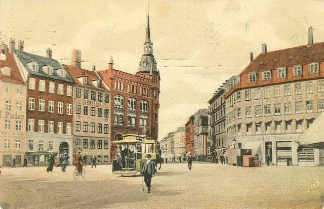 kultorvet-med-frederiksborggade-i-baggrunden-postkort-fra-1910