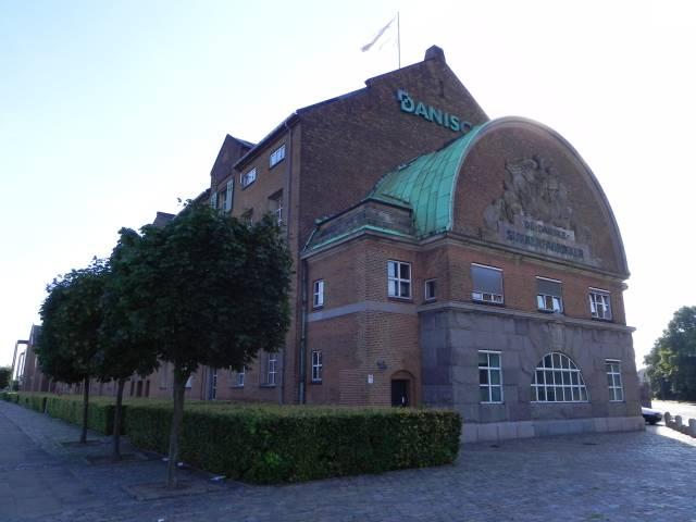 Langebrogade 1-3 - 1