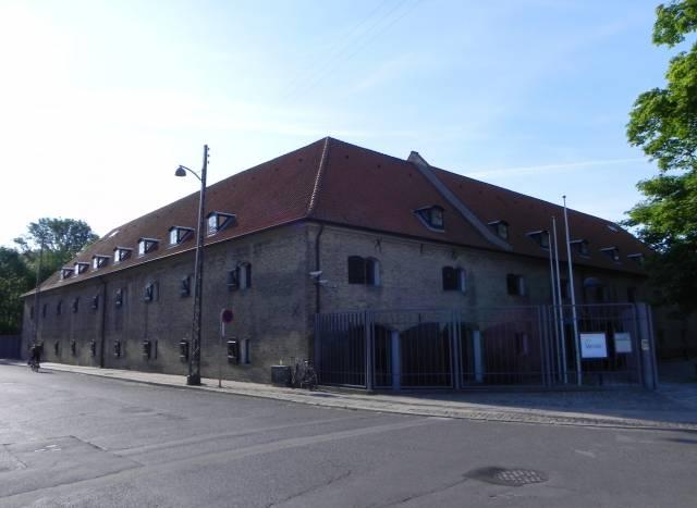 Langebrogade 4 - 1