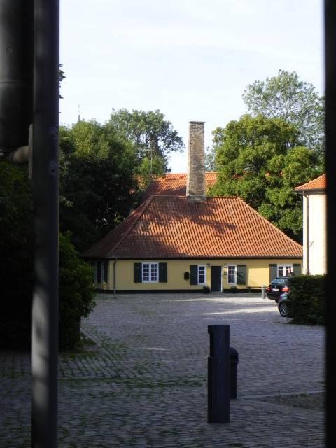 Langebrogade 4 - 5