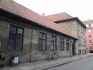 Larslejsstræde 2 - lille - tv