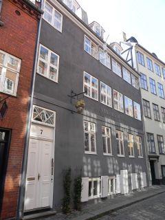 Magstræde 7 - Nybrogade 20 - lille - tv
