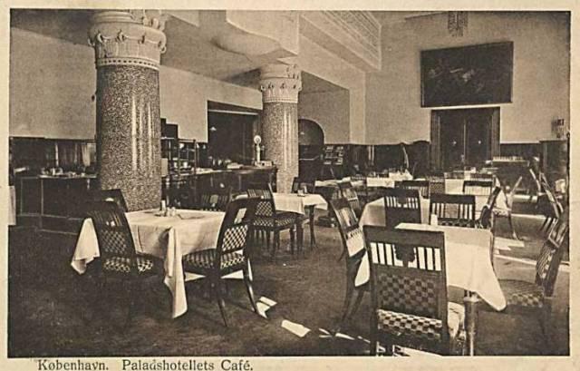 Mikkel Bryggers Gade 8 - Rådhuspladsen 57 - 25 - ældre postkort fra ca.1915