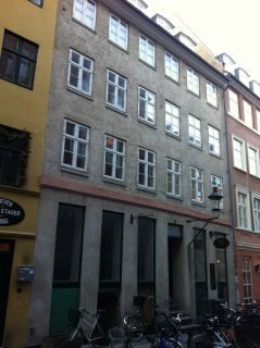 Mikkel Bryggers Gade 9 - lille - tv