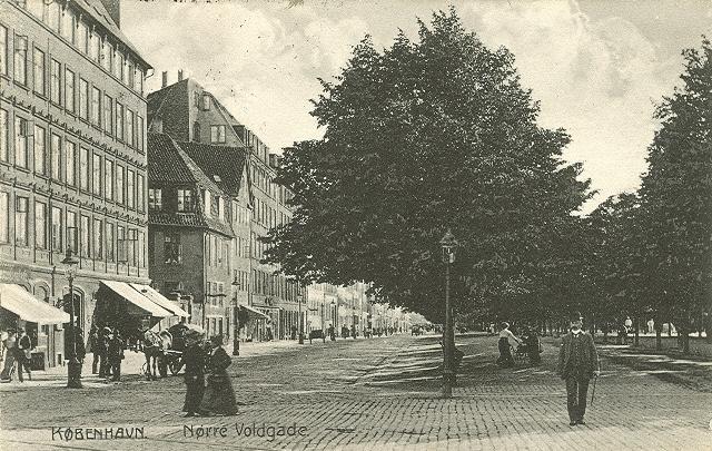 noerre-voldgade-postkort-fra-ca-1915
