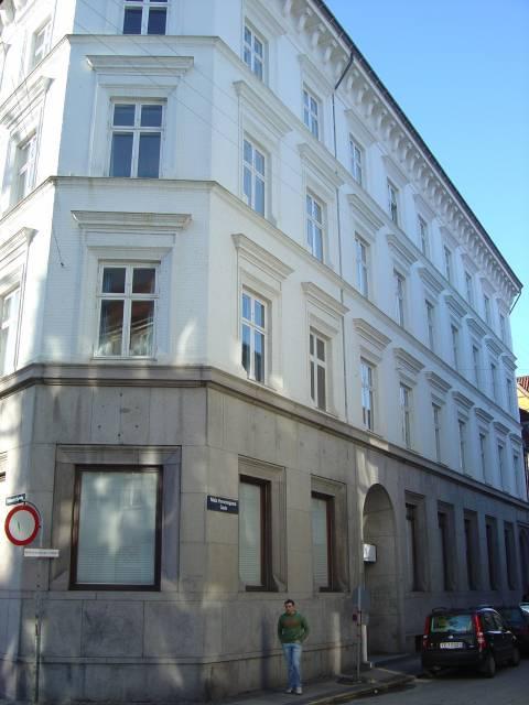 Niels Hemmingsensgade 7-9 - Valkendorfsgade 16 - 1