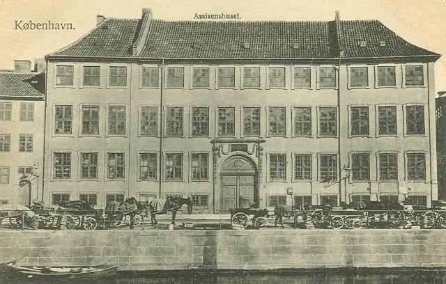 Nybrogade 2 - Snaregade 1 - 6 - postkort af Frits Benzen