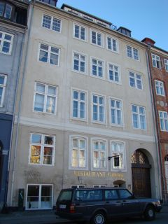 Nyhavn 10-10a-12-12a-b - lille - tv