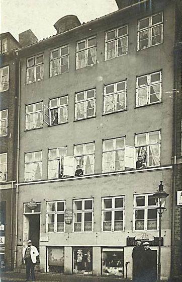 Nyhavn 35 - 9 - ældre postkort