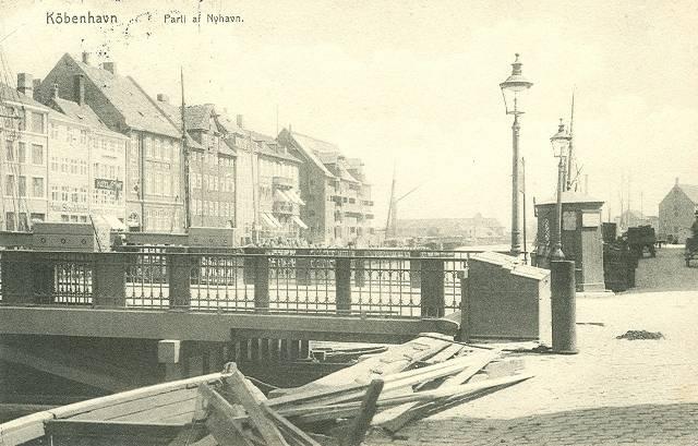 nyhavn-postkort-med-nyhavnsbroen-afsendt-i-1913