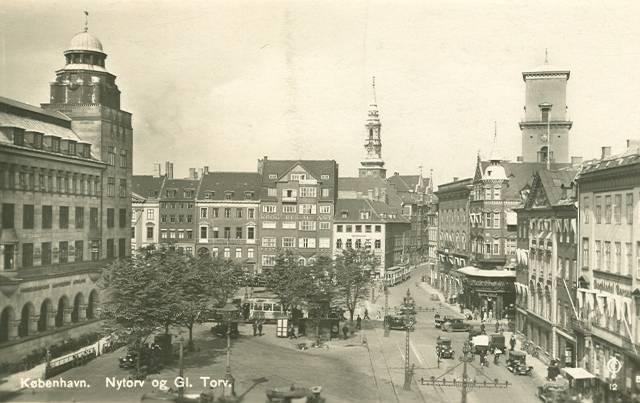nytorv-postkort-med-nytorv-og-gammel-torv-afsendt-i-1931